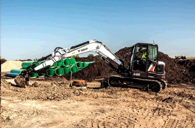 Where to find EXCAVATOR  15    19,000 LB in Chicago